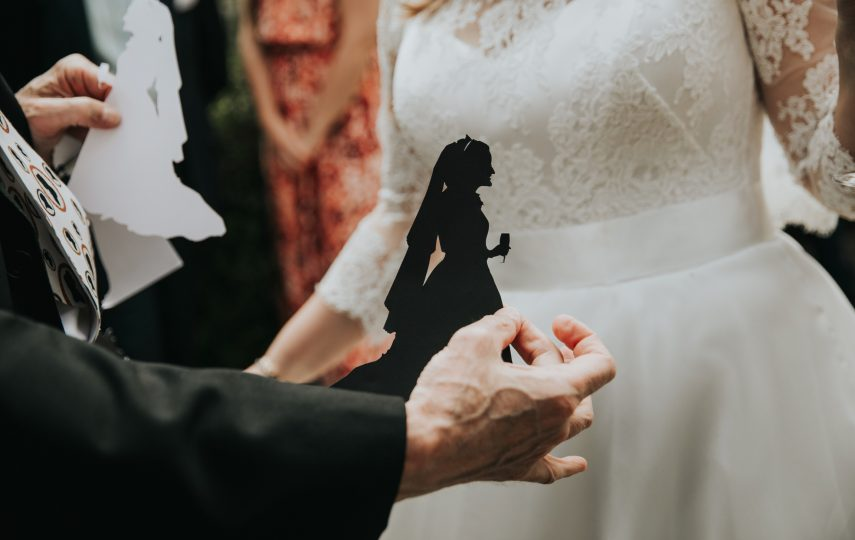 Cutting the Brides' Silhouette