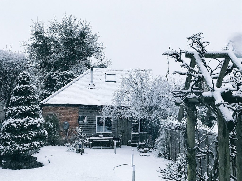 Mays Barn in the snow